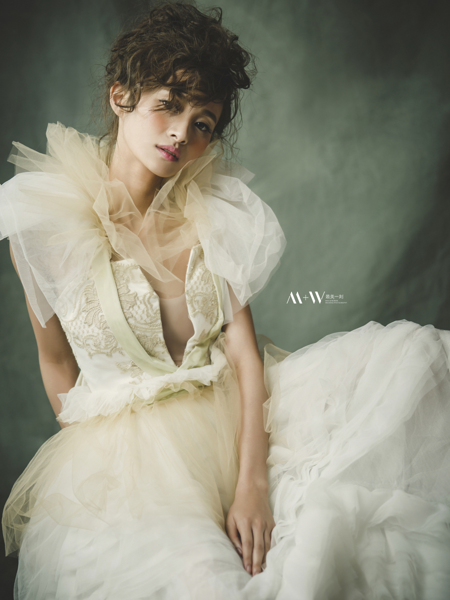法式禮服,裸紗禮服,整體造型,歐美風格